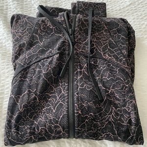 Hooded define jacket, Nulu, Lululemon size 6.